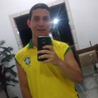 Lázaro Melo